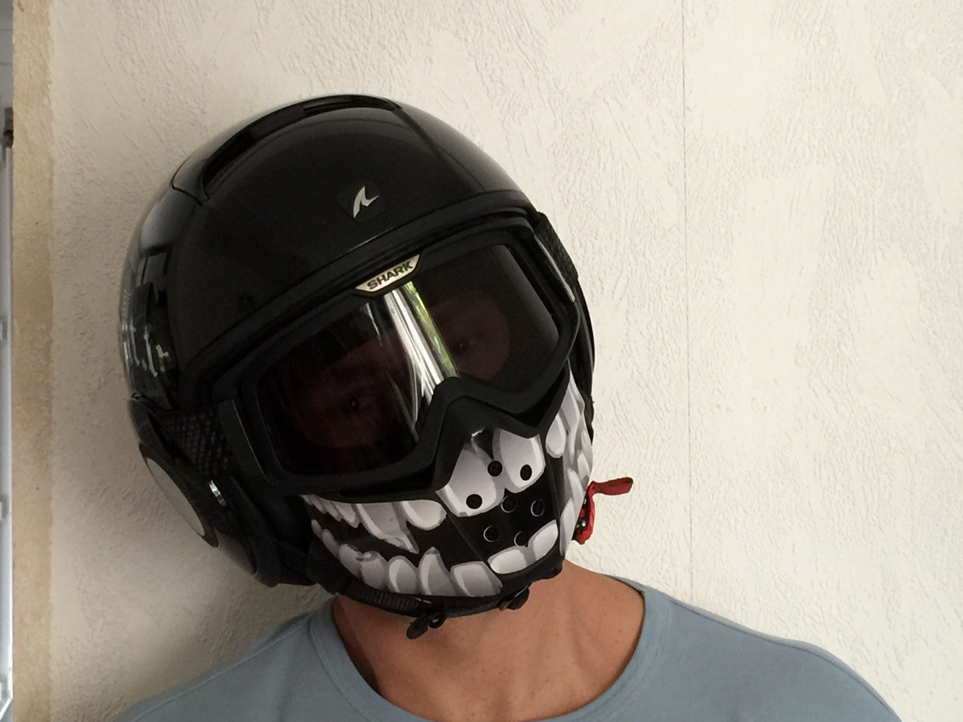 Video Peinture Aerographe Nouveau Stickers Helmet Shark Raw Moto Stuff Galerie
